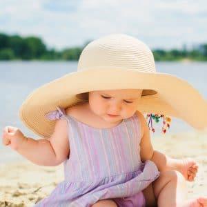 Bebeğinizi Güneşten Korumanız İçin 4 Önemli Neden !