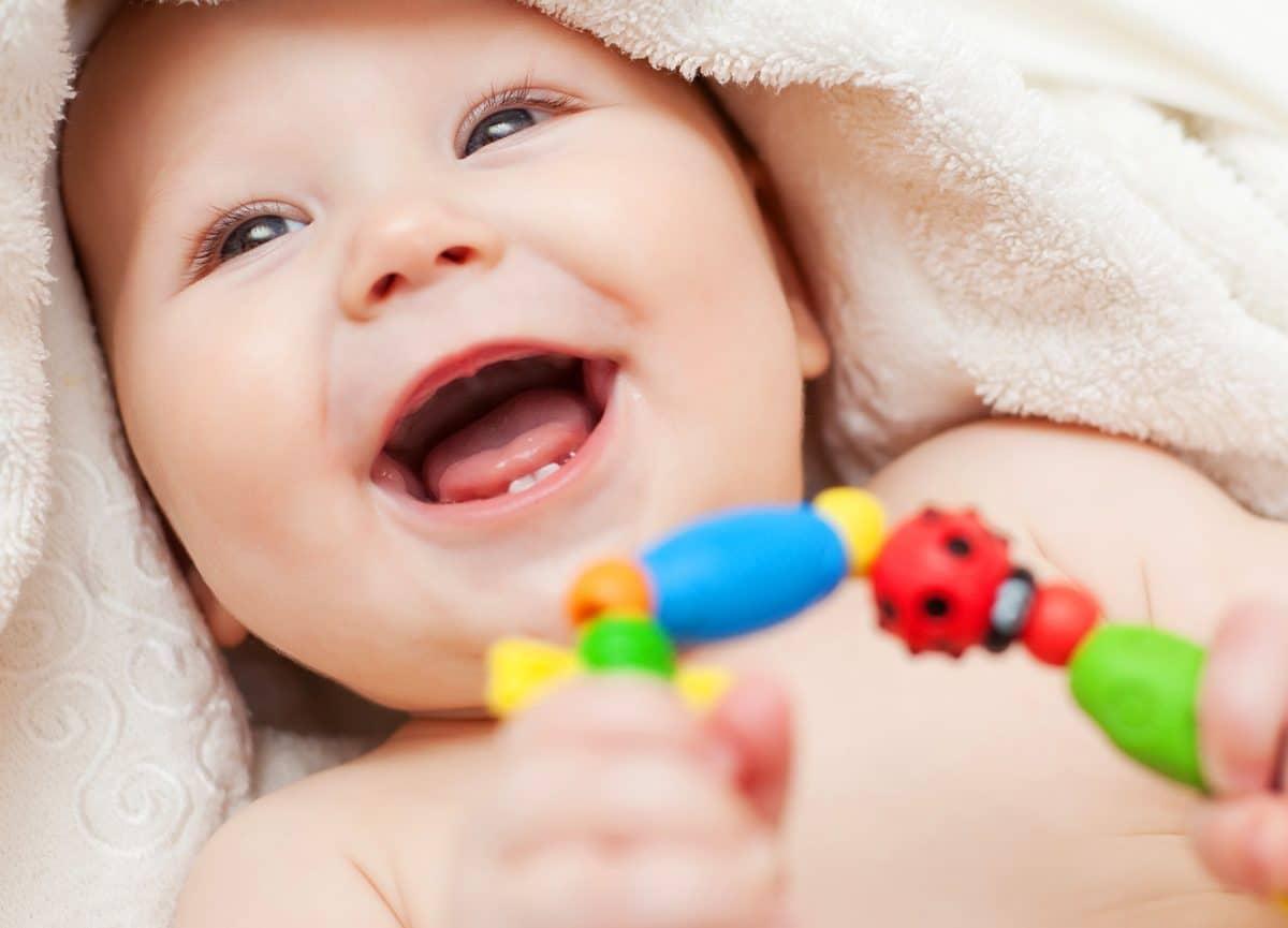 3-6 Ay Arası Bebekler İçin Oyuncak Seçme Önerileri