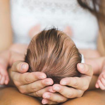 40 Günlük Bebek Bakımı Nasıl Olur? İlk 40 Günde Dikkat Edilmesi Gerekenler