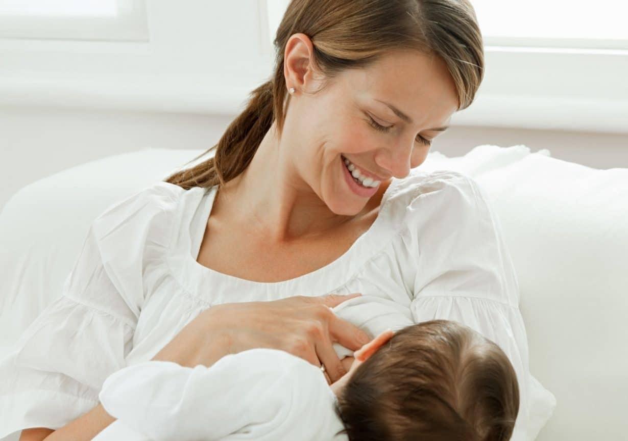 Doğum Sonrası Süt Kanallarınızı Açmanın En İyi Yolu
