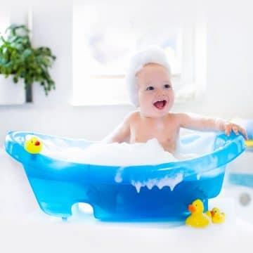 Bebek Şampuanı İle Yüz ve Vücudu Yıkamak Doğru Mu?