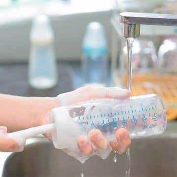 Biberon ve Emzik Temizliği Nasıl Olmalı? En İyi Biberon Temizlik Yöntemleri